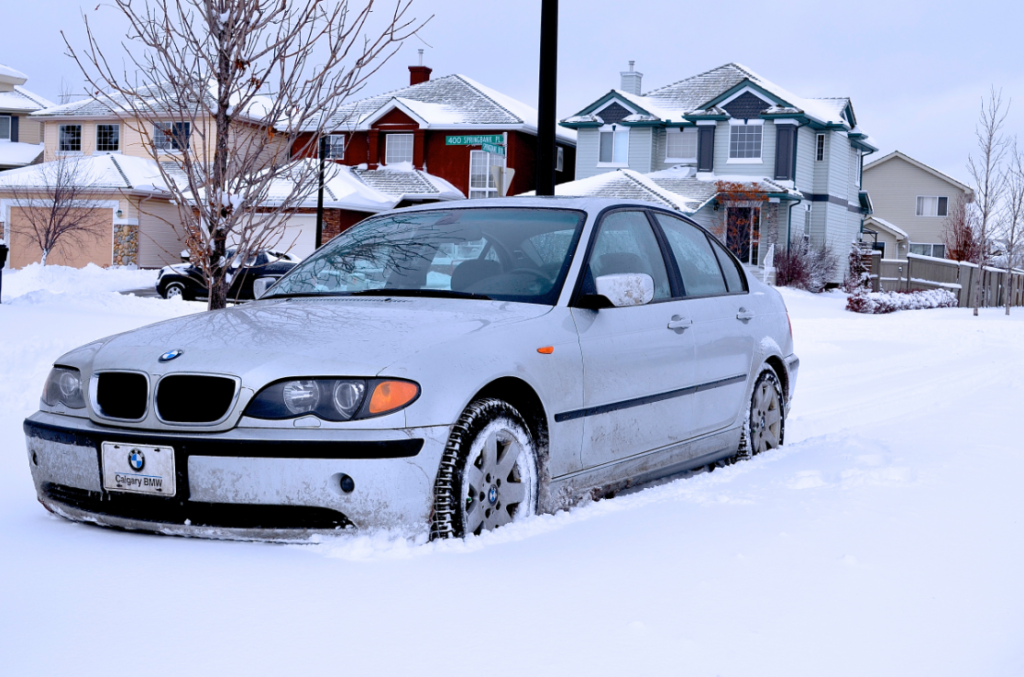 Don't worry; it's not snowing yet. But it might be time to put your winter tires on your car soon as we shift from summer to winter driving mode.